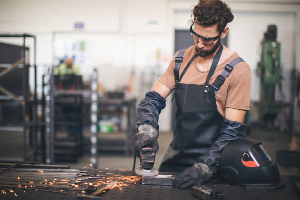 What Type of Machines and Tools are Used in Sheet Metal Fabrication?